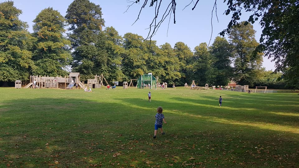 Kings sutton play park