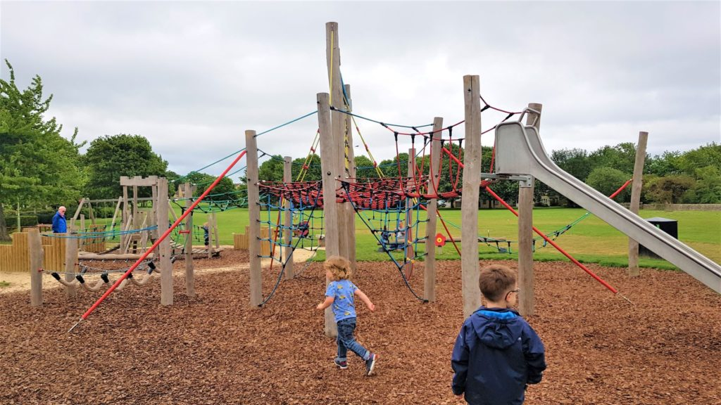 Oxlease Play park