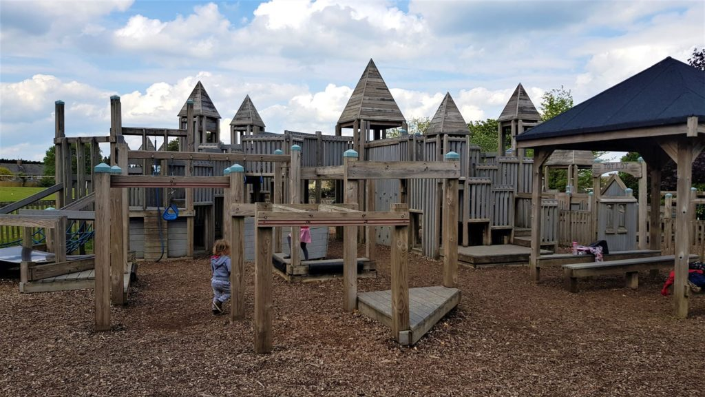 Finstock park