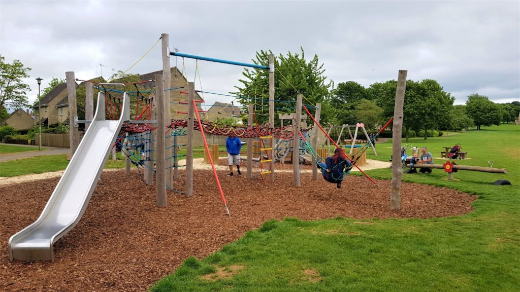 Oxlease play park Witney