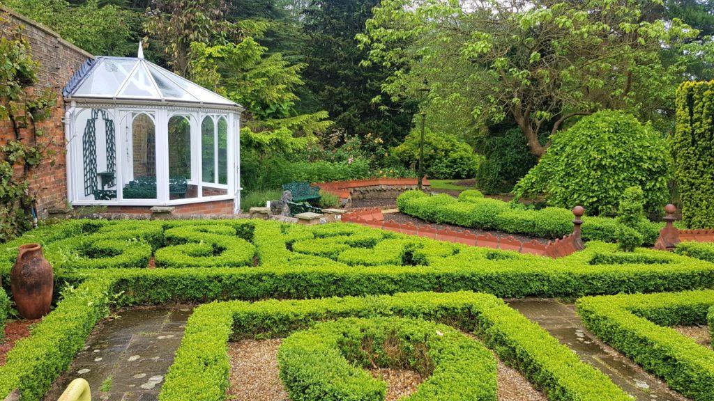 Period gardens