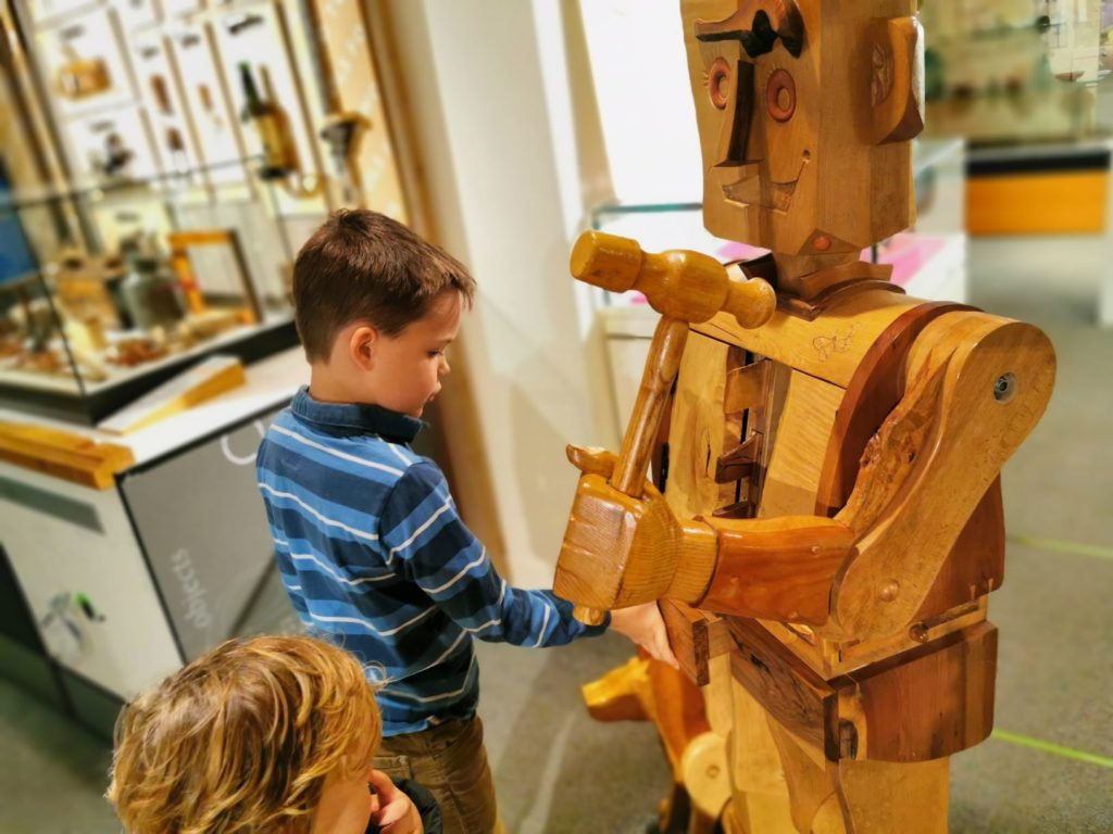 INteractive robot bucks county museum