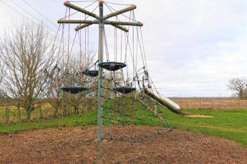 Huge climbing frame Oxfordshire