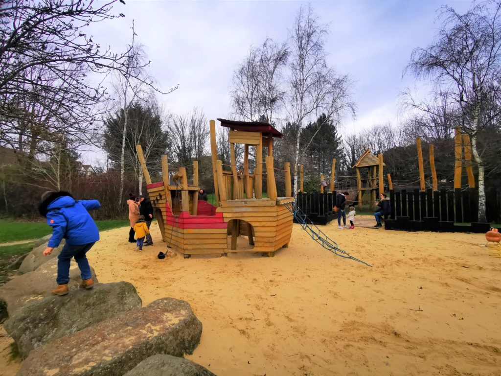 Loughton pirate play park
