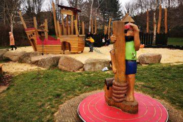 Loughton pirate play park